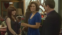 Summer Hoyland, Rebecca Napier, Paul Robinson in Neighbours Episode 5860