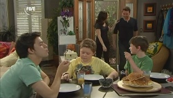 Zeke Kinski, Callum Jones, Libby Kennedy, Lucas Fitzgerald, Ben Kirk in Neighbours Episode 5860