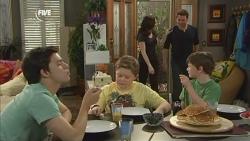 Zeke Kinski, Callum Jones, Libby Kennedy, Lucas Fitzgerald, Ben Kirk in Neighbours Episode 5860