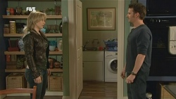 Steph Scully, Lucas Fitzgerald in Neighbours Episode 5860