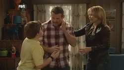 Callum Jones, Toadie Rebecchi, Steph Scully in Neighbours Episode 5861
