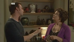 Lucas Fitzgerald, Lyn Scully in Neighbours Episode 5861