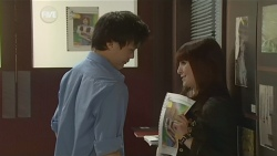 "Dale ""Macca"" McGregor, Summer Hoyland in Neighbours Episode 5862"
