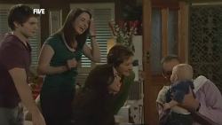 Declan Napier, Kate Ramsay, Libby Kennedy, Susan Kennedy, India Napier, Karl Kennedy in Neighbours Episode 5863