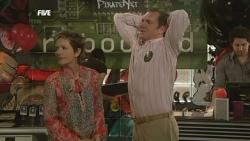 Susan Kennedy, Karl Kennedy in Neighbours Episode 5865