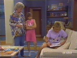 Helen Daniels, Lucy Robinson, Scott Robinson in Neighbours Episode 0433