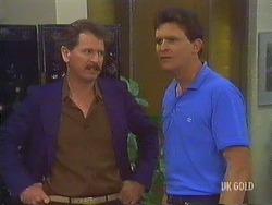 Parnell, Des Clarke in Neighbours Episode 0433