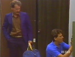 Parnell, Des Clarke in Neighbours Episode 0434