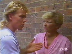 Scott Robinson, Eileen Clarke in Neighbours Episode 0435