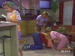 Daphne Clarke, Scott Robinson, Brody, Eileen Clarke in Neighbours Episode 0435