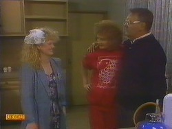Sharon Davies, Madge Bishop, Harold Bishop in Neighbours Episode 0815