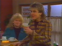 Sharon Davies, Nick Page in Neighbours Episode 0817