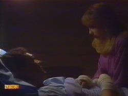 Des Clarke, Jane Harris in Neighbours Episode 0818