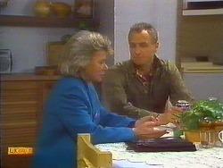 Helen Daniels, Jim Robinson in Neighbours Episode 0819