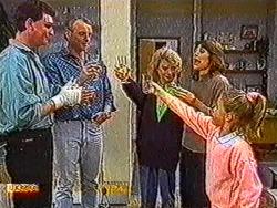 Des Clarke, Jim Robinson, Helen Daniels, Beverly Robinson, Katie Landers in Neighbours Episode 0821