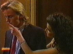 Scott Robinson, Sylvie Latham in Neighbours Episode 0821