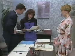 Paul Robinson, Caroline Alessi, Melanie Pearson in Neighbours Episode 1138