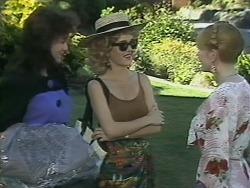 Caroline Alessi, Christina Alessi, Melanie Pearson in Neighbours Episode 1138