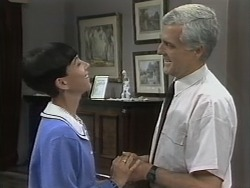Hilary Robinson, Kenneth Muir in Neighbours Episode 1138