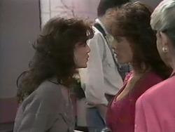 Caroline Alessi, Christina Alessi, Helen Daniels in Neighbours Episode 1138