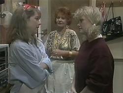 Lee Maloney, Gloria Lewis, Sharon Davies in Neighbours Episode 1140