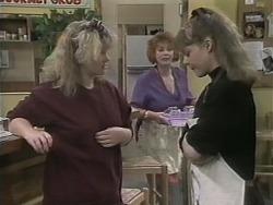 Sharon Davies, Gloria Lewis, Lee Maloney in Neighbours Episode 1140