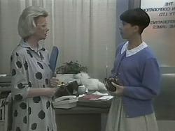 Helen Daniels, Hilary Robinson in Neighbours Episode 1142