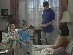 Noelene Mangel, Toby Mangel, Joe Mangel, Kerry Bishop in Neighbours Episode 1142
