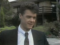 Paul Robinson in Neighbours Episode 1142