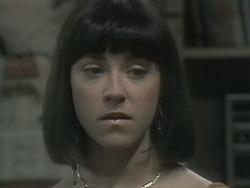 Kerry Bishop in Neighbours Episode 1142