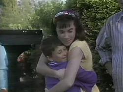 Toby Mangel, Kerry Bishop in Neighbours Episode 1142