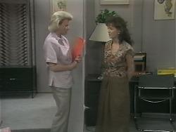 Helen Daniels, Caroline Alessi in Neighbours Episode 1143