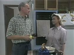 Jim Robinson, Helen Daniels in Neighbours Episode 1143