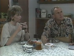 Beverly Marshall, Jim Robinson in Neighbours Episode 1143