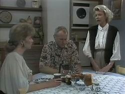 Beverly Marshall, Jim Robinson, Helen Daniels in Neighbours Episode 1144