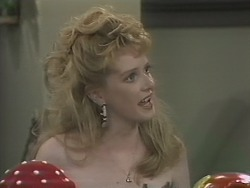 Melanie Pearson in Neighbours Episode 1144