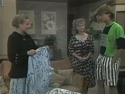 Bronwyn Davies, Sharon Davies, Ryan McLachlan in Neighbours Episode 1144