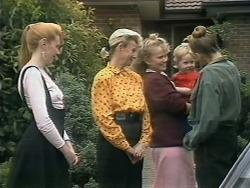 Melanie Pearson, Helen Daniels, Sharon Davies, Jamie Clarke, Bronwyn Davies in Neighbours Episode 1144