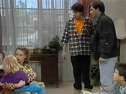 Sky Bishop, Melanie Pearson, Joe Mangel, Eric Jensen, Toby Mangel in Neighbours Episode 1330