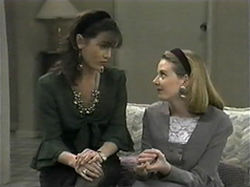 Caroline Alessi, Melanie Pearson in Neighbours Episode 1331