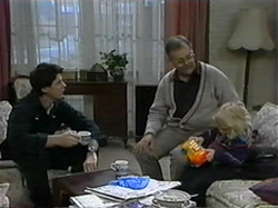 Joe Mangel, Harold Bishop, Sky Mangel in Neighbours Episode 1331