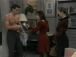 Paul Robinson, Christina Alessi, Melanie Pearson in Neighbours Episode 1331