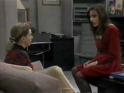 Melanie Pearson, Christina Alessi in Neighbours Episode 1331