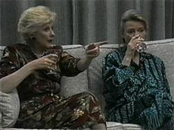 Madge Bishop, Helen Daniels in Neighbours Episode 1335