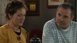 Susan Kennedy, Karl Kennedy in Neighbours Episode 5546