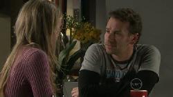 Elle Robinson, Lucas Fitzgerald in Neighbours Episode 5546