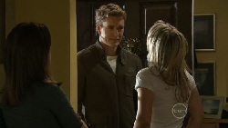 Libby Kennedy, Dan Fitzgerald, Steph Scully in Neighbours Episode 5549