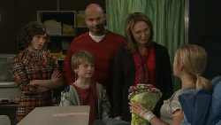 Bridget Parker, Mickey Gannon, Steve Parker, Miranda Parker, Nicola West in Neighbours Episode 5550