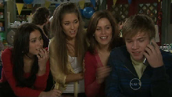 Carmella Cammeniti, Sienna Cammeniti, Rebecca Napier, Ringo Brown in Neighbours Episode 5550