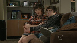 Bridget Parker, Declan Napier in Neighbours Episode 5550